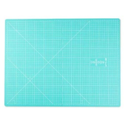 611465 - Foldable Cutting Mat - 45 x 60cm - Prym Love